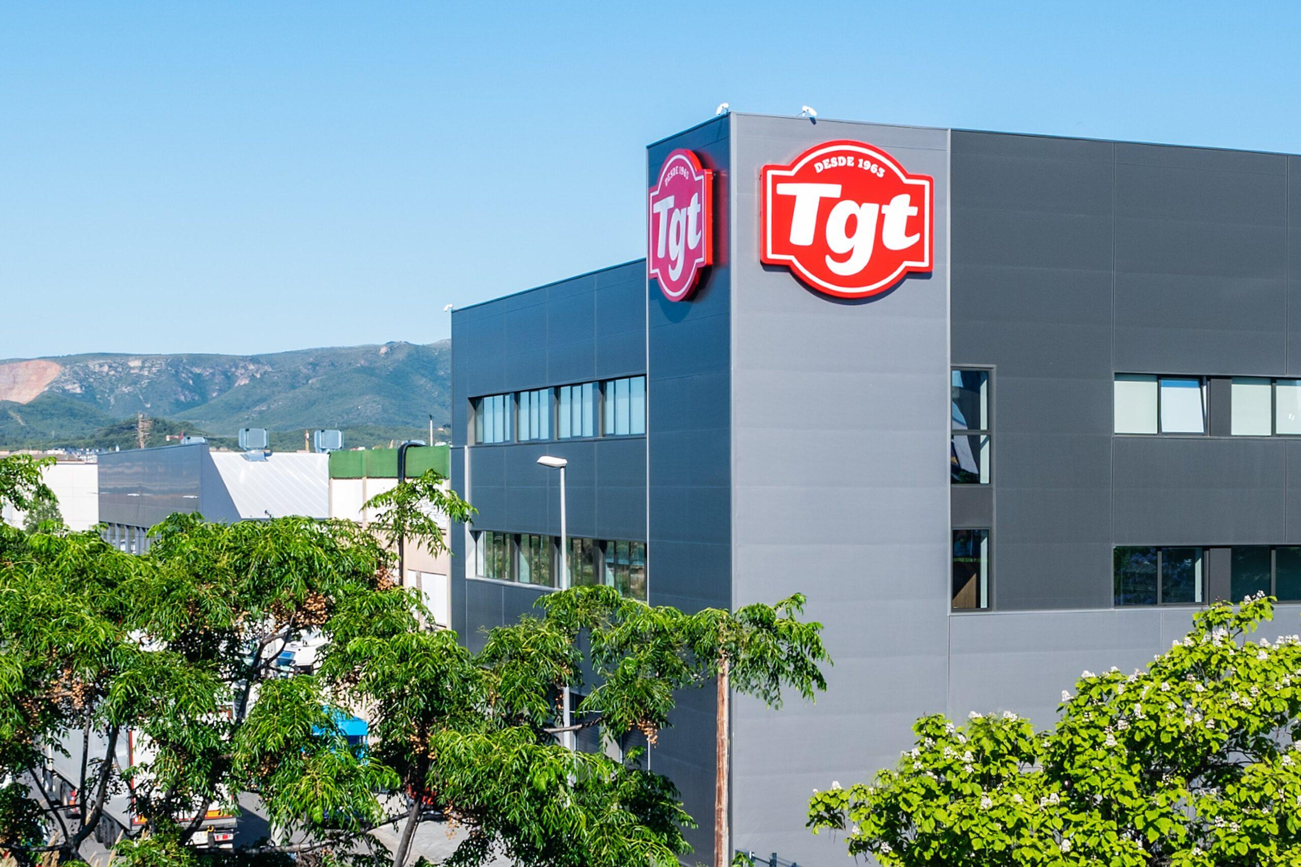 Fachada de la fábrica del Grupo TGT