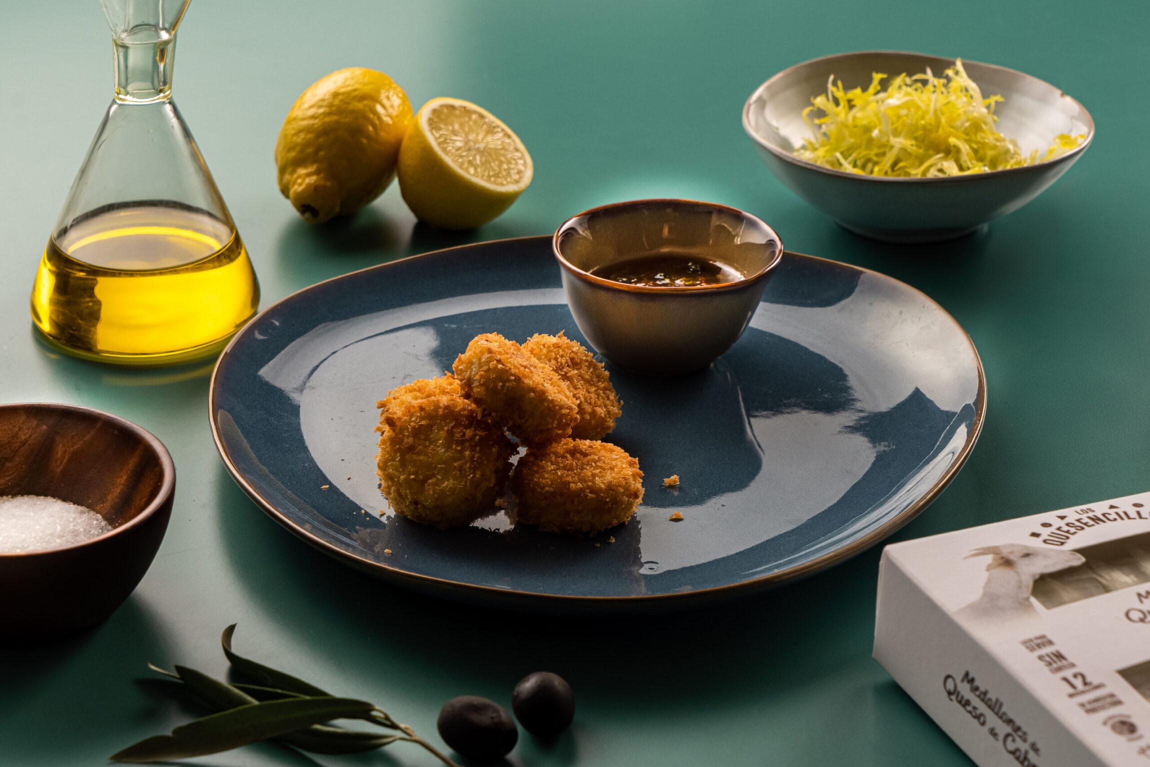 Nuggets de queso de cabra y mermelada mediterránea